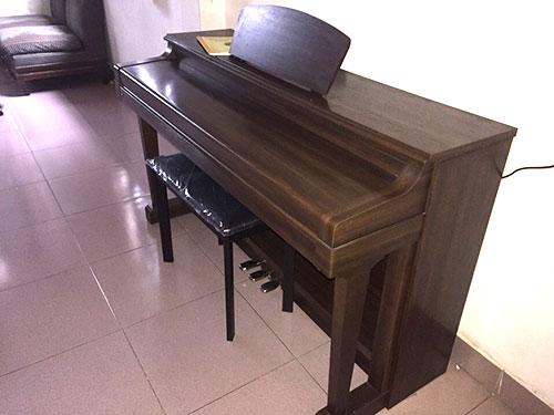 piano điện HP 3700